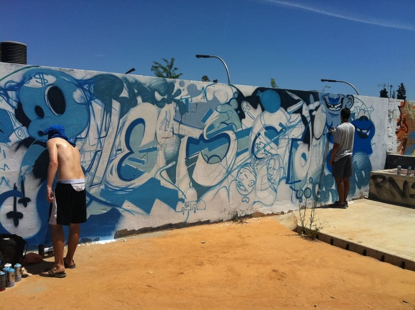 graffiti barcelona persianes lliures rebobinart (1)