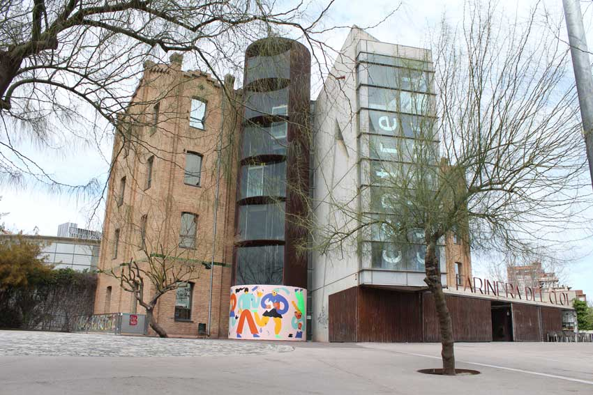 Emily Eldridge WALLSPOT arte urbano Barcelona (9)