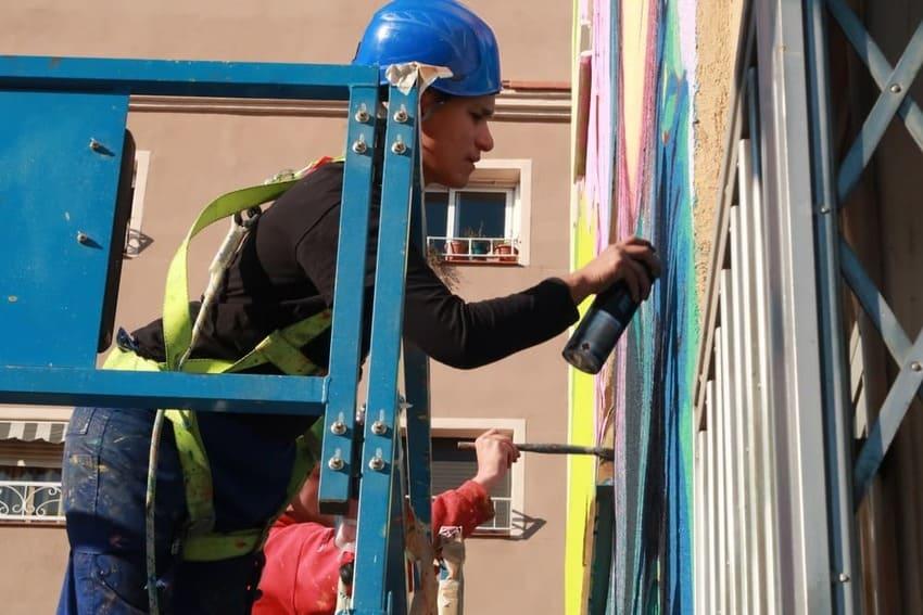 Mural-Hospitaler-Btoy-rebobinart-art-urbà-graffiti-3
