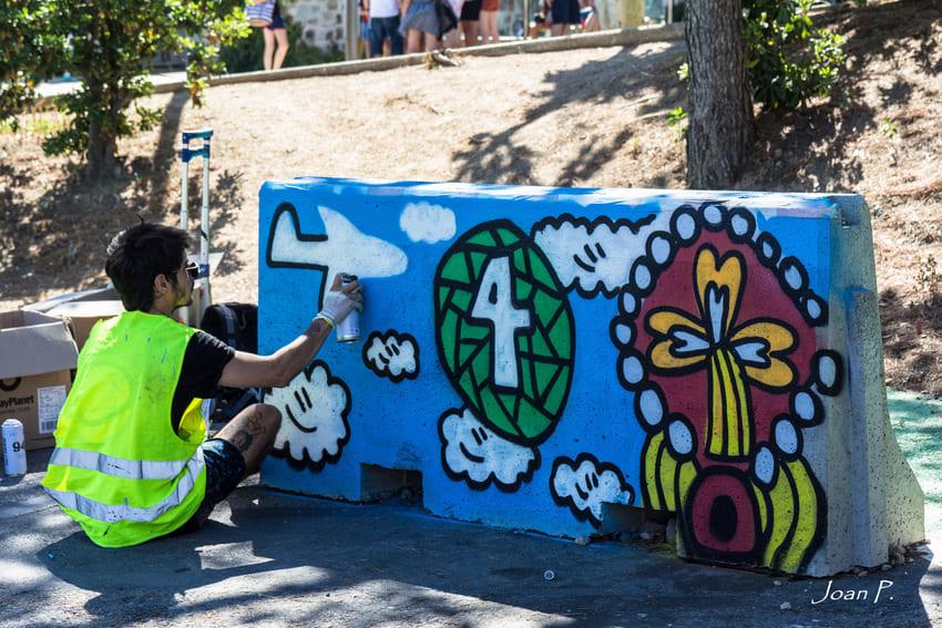 Camil Escruela pintando en parc Güell