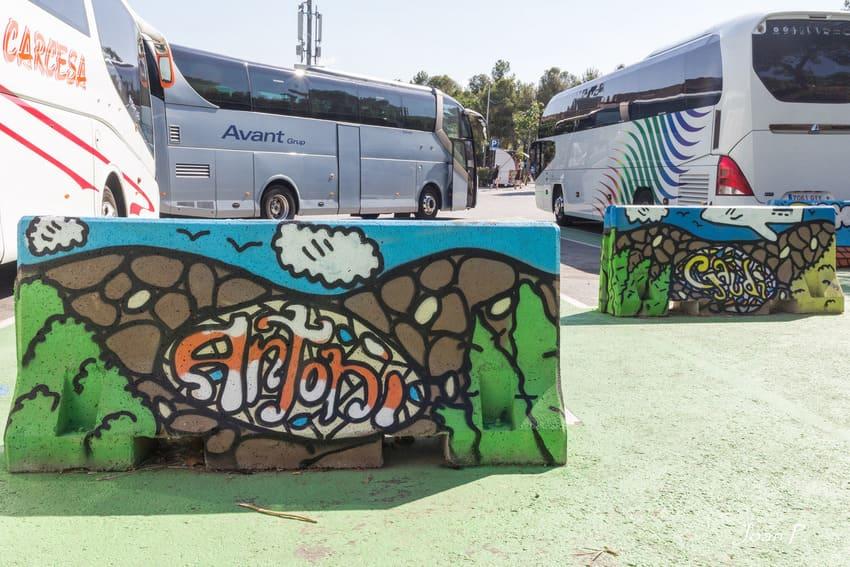Kamil Escruela pintando en parc Güell