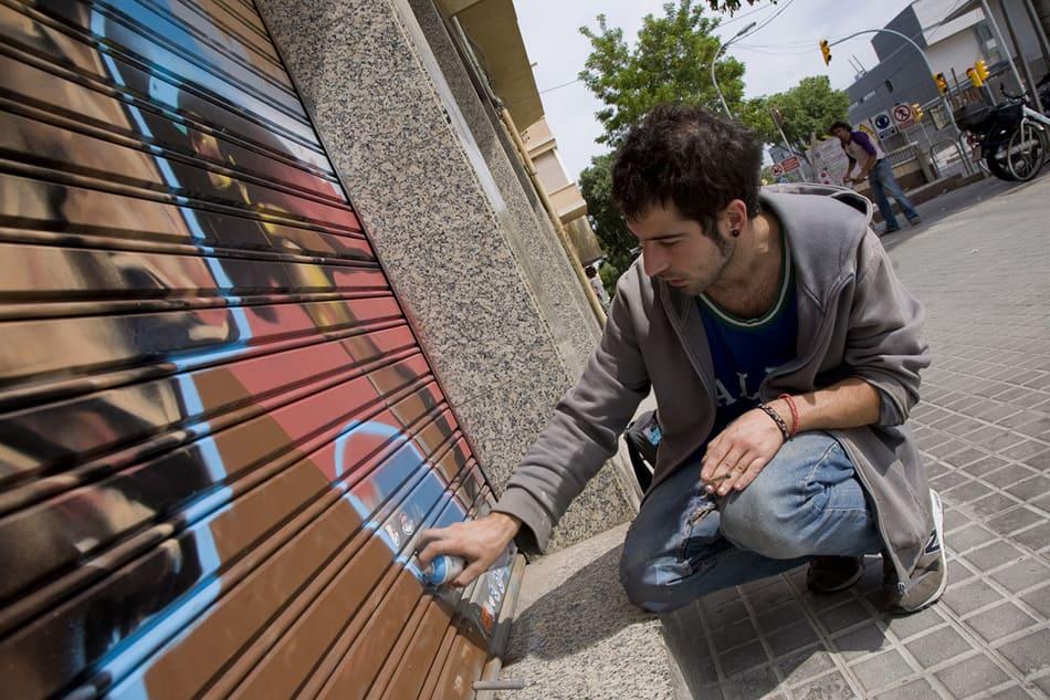 graffiti arte urbano guinardo persianeslliures rebobinart (2)