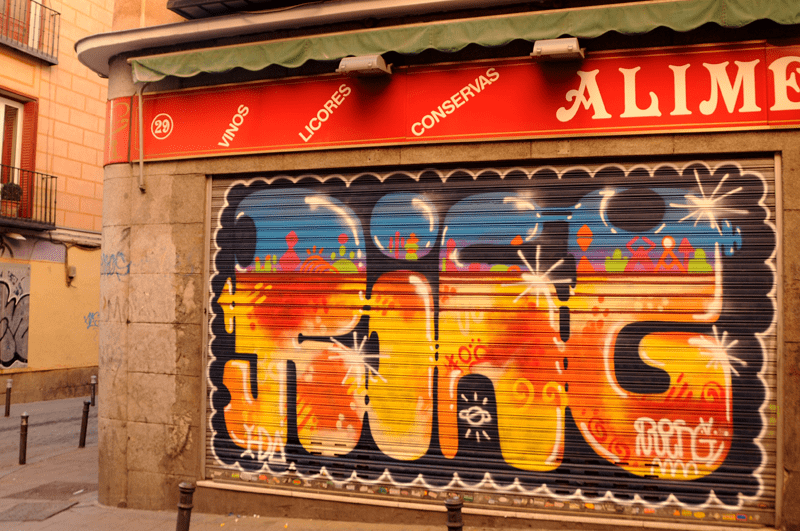persianes lliures madrid malasaña graffiti (7)