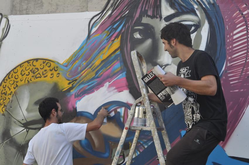 quatre camins graffiti persianes lliures art urba (3)