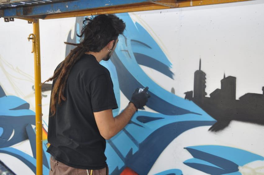 quatre camins graffiti persianes lliures art urba (4)