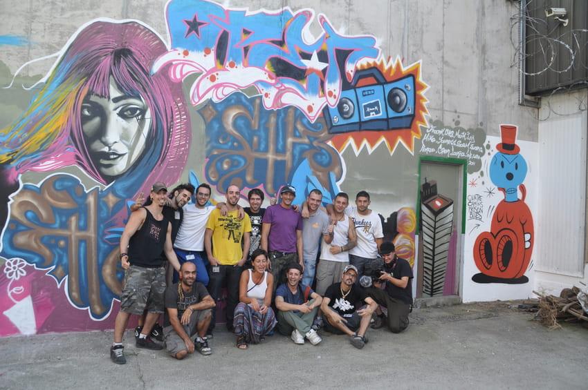 quatre camins graffiti persianes lliures art urba (6)