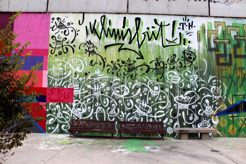 block jam wallspot OWEN